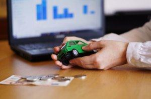 קניית רכב במזומן לפירוק הרכב